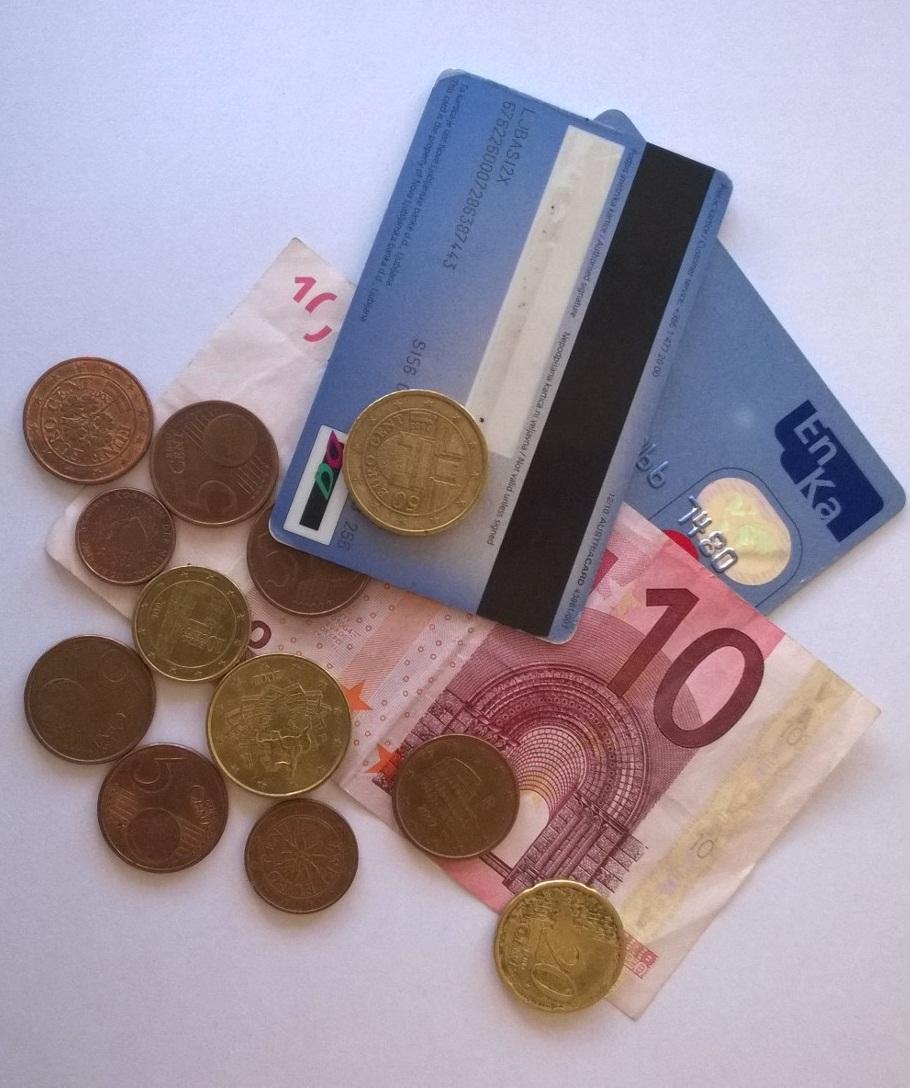 Rezultati PISA 2012: Slovenski 15-letniki pod povprečjem OECD v finančni pismenosti in pri reševanju problemsko zasnovanih nalog
